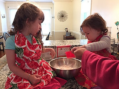 Kids baking with mom